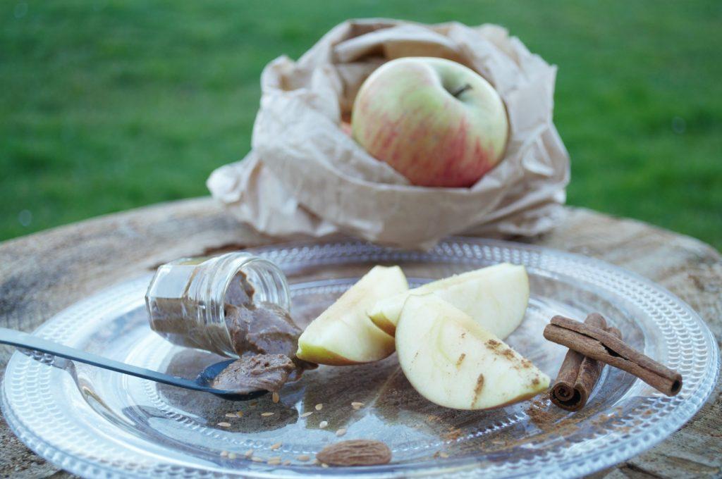 fruits et purée d'amande